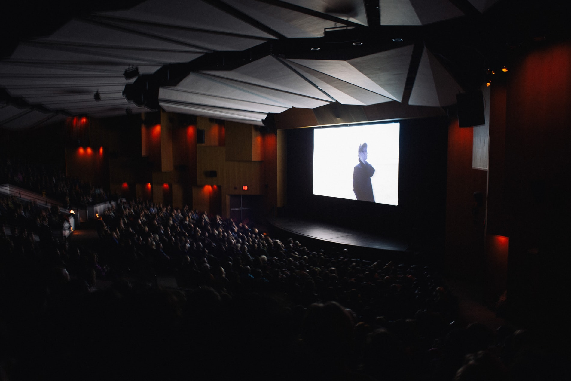 N2N-NYC-worl-premiere-picts-filled-theater